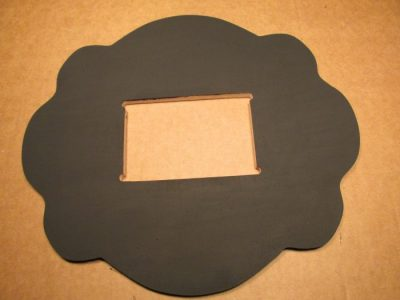 black-picture-frame-2-700x525