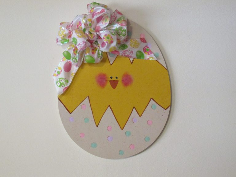 Wooden Easter Egg Cutout Craft Project