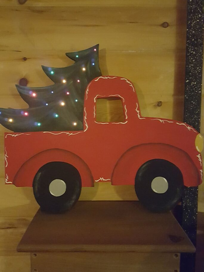Wooden Truck w Christmas Tree